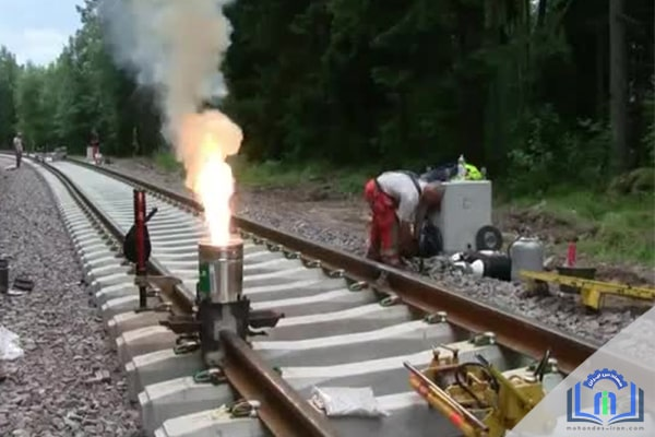 مراحل جوشکاری ریل اهن به روش جوشکاری ترمیت